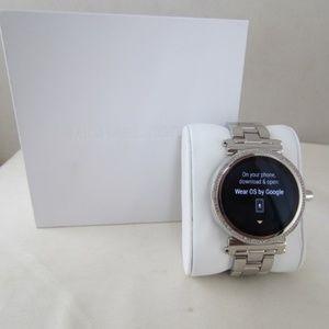 Michael Kors MKT5020 Sofie Pave Smartwatch